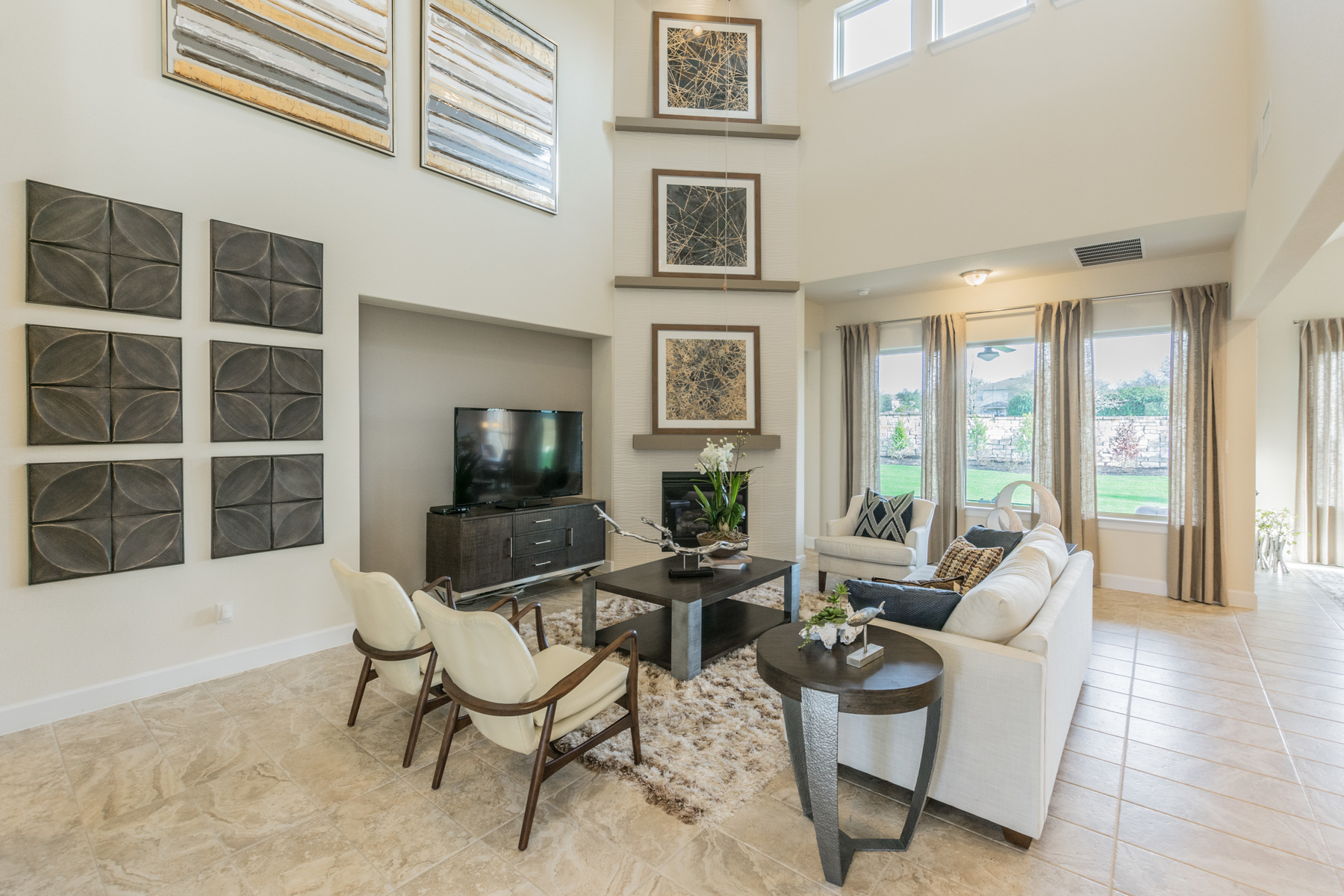 Highlands at Mayfield Ranch Family Room