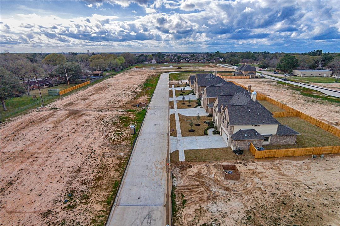 Enclave at Katy Streetscape