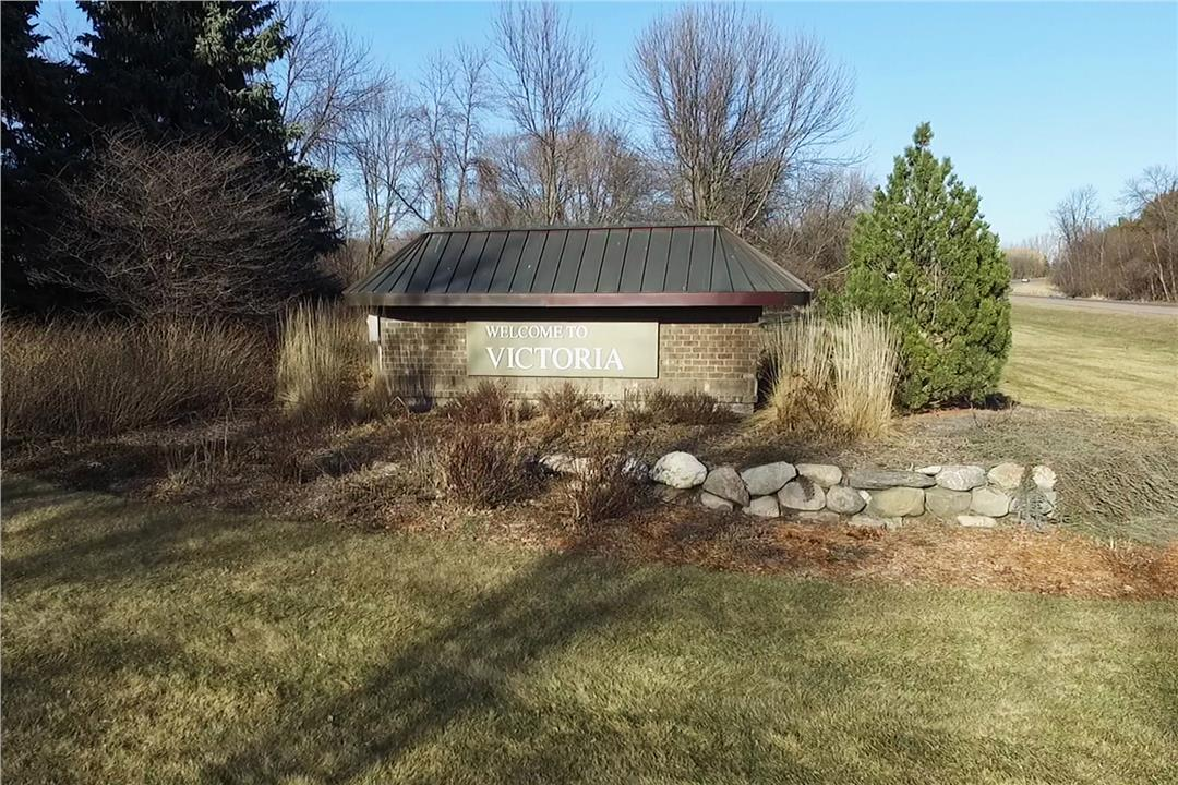 Whispering Homes For Sale Mi